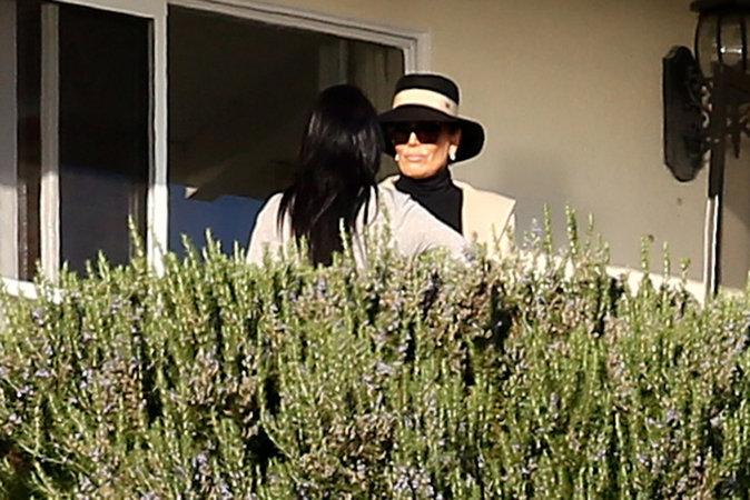 """Photos : Kourtney Kardashian au bord de la """"dépression nerveuse"""", passage en rehab pour l'aînée du clan !"""