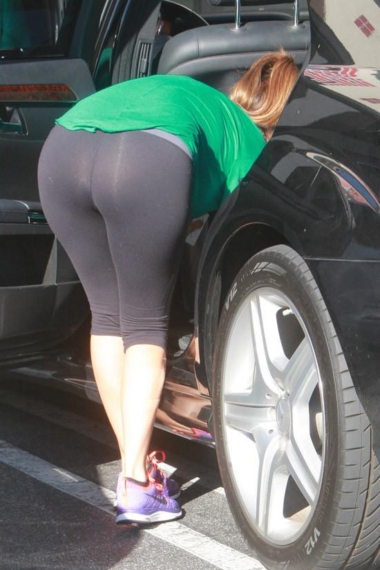 Kourtney Kardashian à Woodland Hills le 27 juin 2013