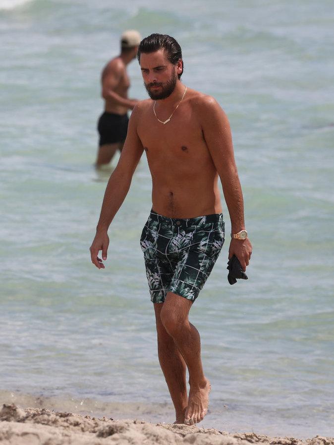 Scott Disick à la plage à Miami ce mercredi 14 septembre