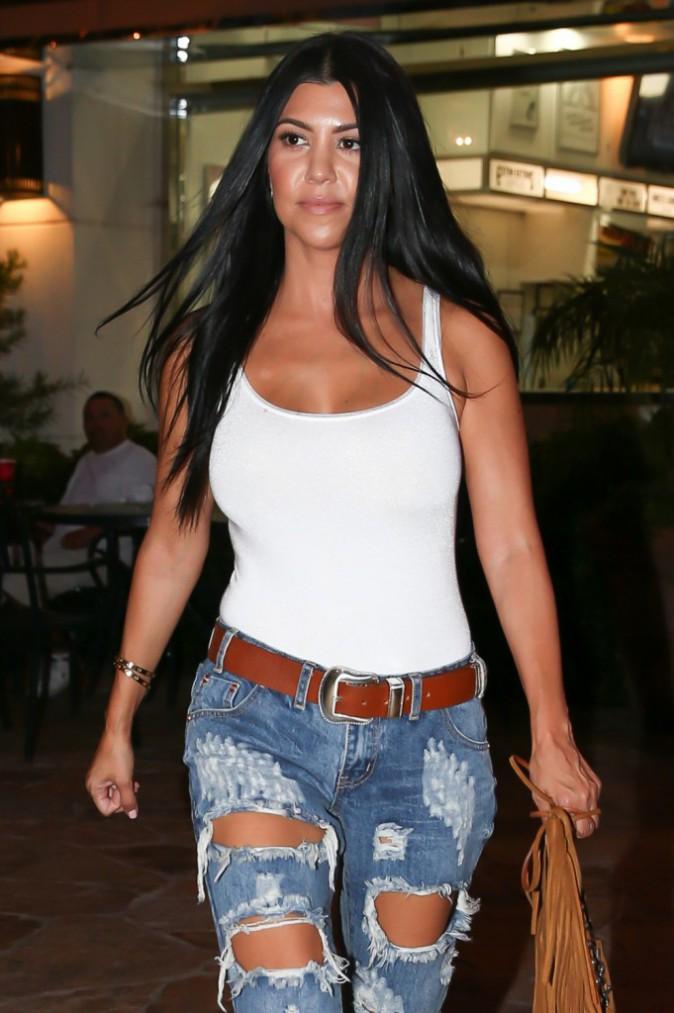 Photos : Kourtney Kardashian : déchirée mais heureuse !