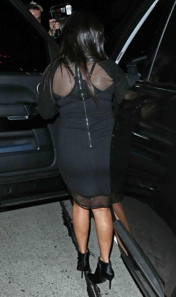 Kourtney Kardashian : découvrez les photos de son total look black d'hier soir et la première photo officielle de sa télé-réalité dans les H...