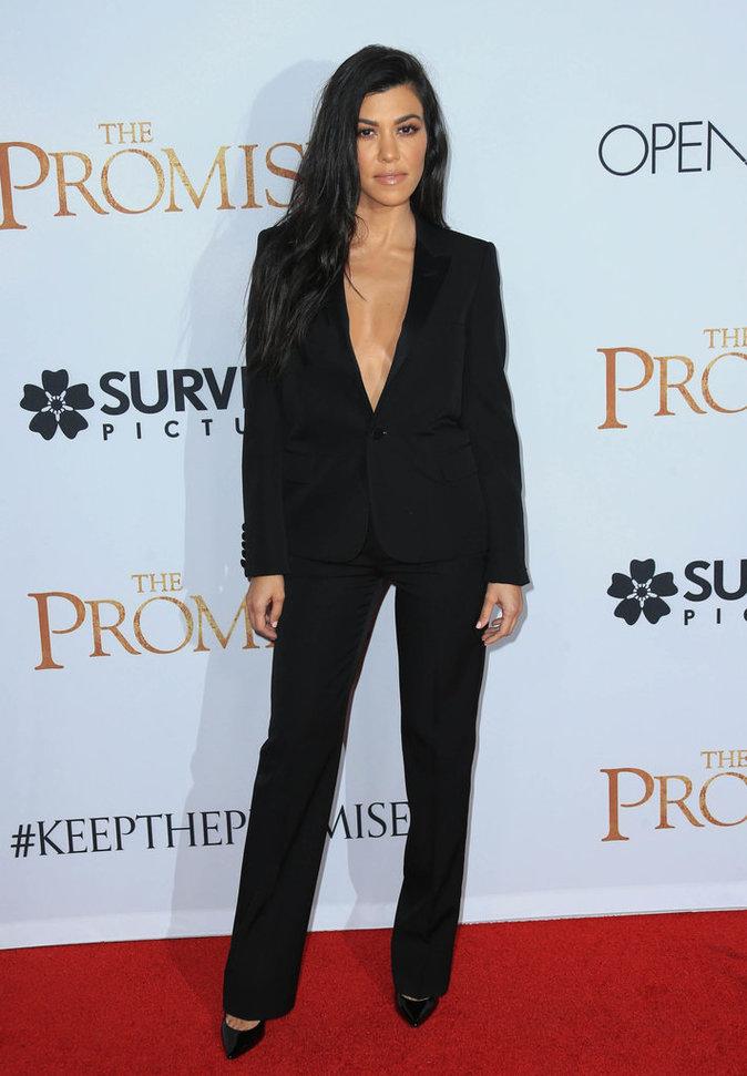 Kourtney Kardashian : Elle pose nue pour son 38ème anniversaire !