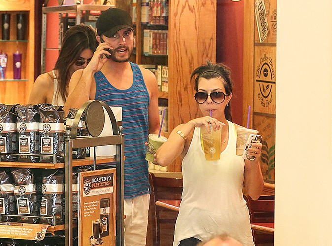 Kourtney Kardashian, Scott Disick et Kendall Jenner à Calabasas le 24 août 2013
