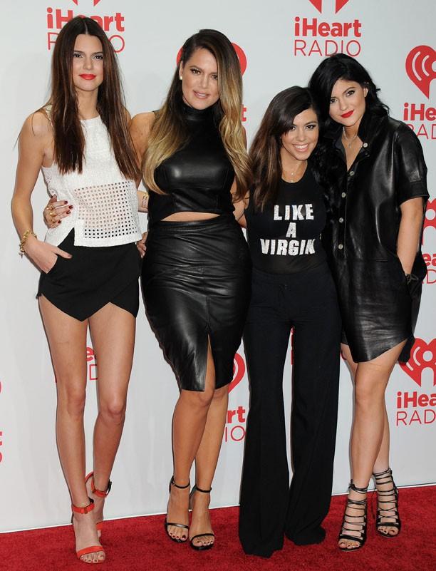Kourtney Kardashian au iHeartRadio Music de Las Vegas avec Khloé, Kendall et Kylie le 21 septembre 2013