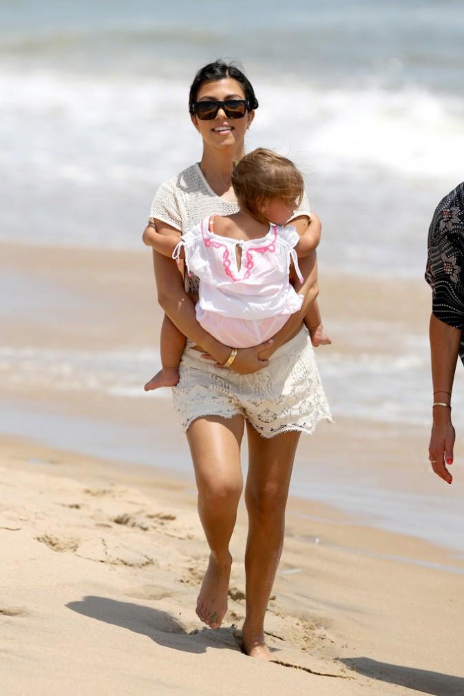 Photos : Kourtney Kardashian et Scott Disick : ils emmènent leur petite tribu à la plage tandis que leur couple serait sur le point d'exploser !