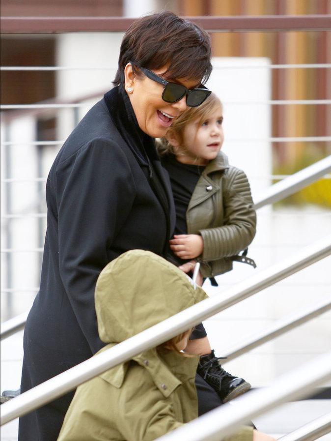 Photos : Kourtney Kardashian : famille stylé pour une petite virée à Los Angeles