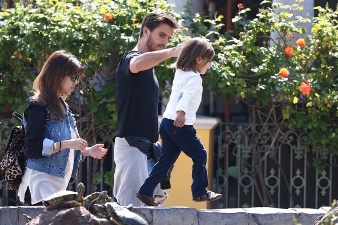 Kourtney Kardashian en famille à Calabasas le 28 mars 2013