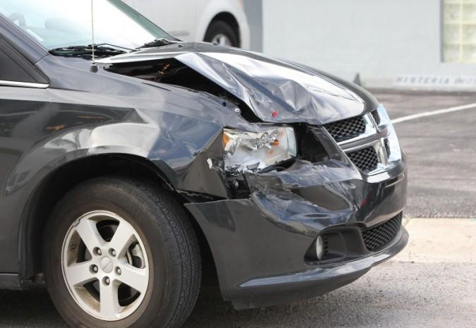 La voiture accidentée de Kourtney Kardashian et Scott Disick.