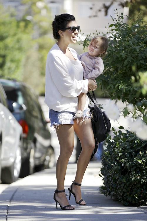 Photos : Kourtney Kardashian : super canon pour une nouvelle virée détente aux côtés de Penelope !