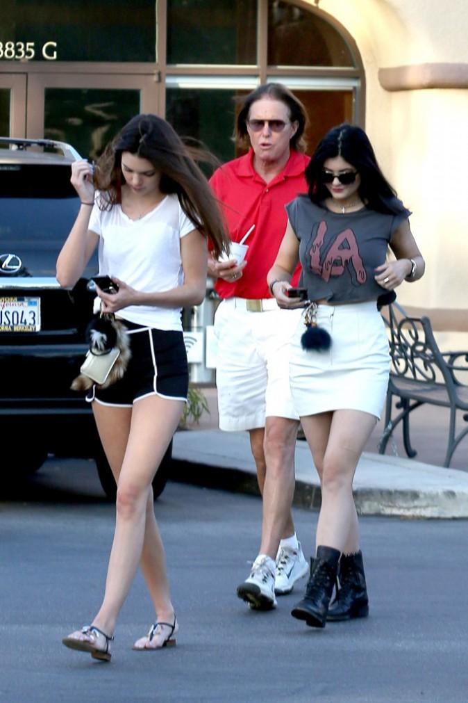 Bruce et ses filles Kendall et Kylie