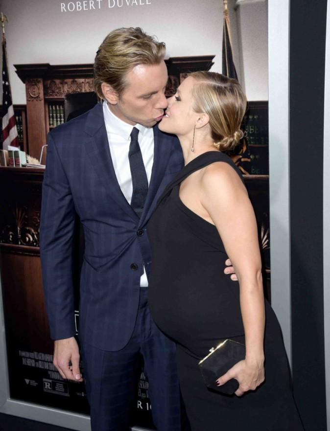 Kristen Bell : future maman heureuse et amoureuse sur le tapis rouge !