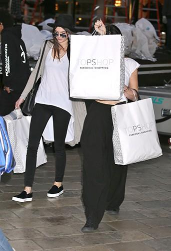 Kylie et Kendall Jenner à Los Angeles le 4 décembre 2013