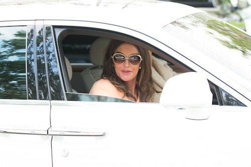 Photos : Kylie Jenner engagée auprès de Caitlyn !
