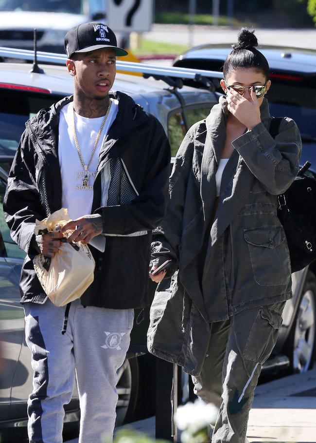 Kylie Jenner et Tyga à Calabasas le 1er novembre 2015