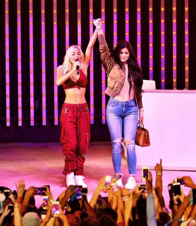 Kylie Jenner et Pia Mia le 23 août 2015