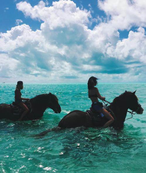 Hailey Baldwin et Kendall Jenner