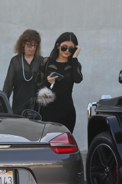 Photos : Kylie Jenner toujours plus sexy, même pour une virée shopping !