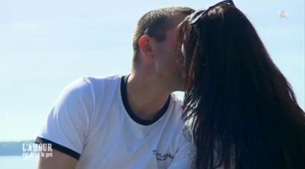 Amoureux, Sébastien et Charlotte semble l'être eux !