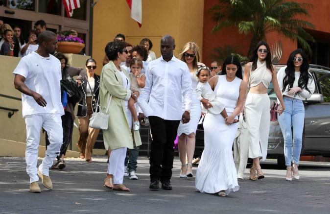 La famille Kardashian : Rob et Scott Disick remplacés par Corey Gamble et Tyga pour Pâques ?