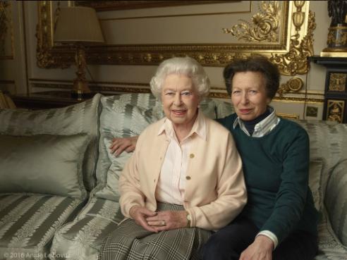 Elizabeth II et la princesse Anne