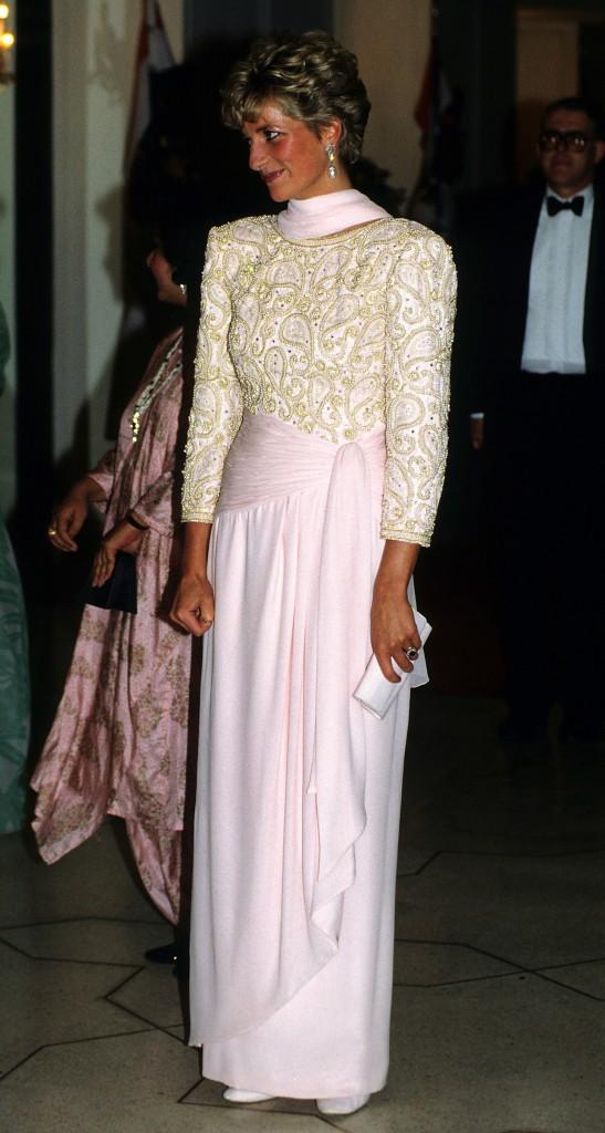 Lady Di en visite au Pakistan en octobre 1991