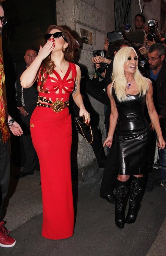 Lady Gaga à Milan le 1er octobre 2012