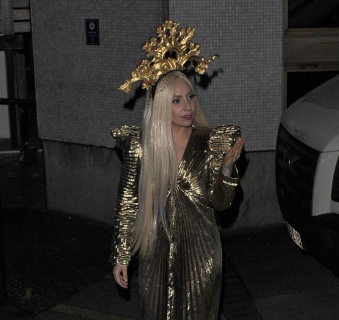 Lady Gaga à Londres le 4 décembre 2013