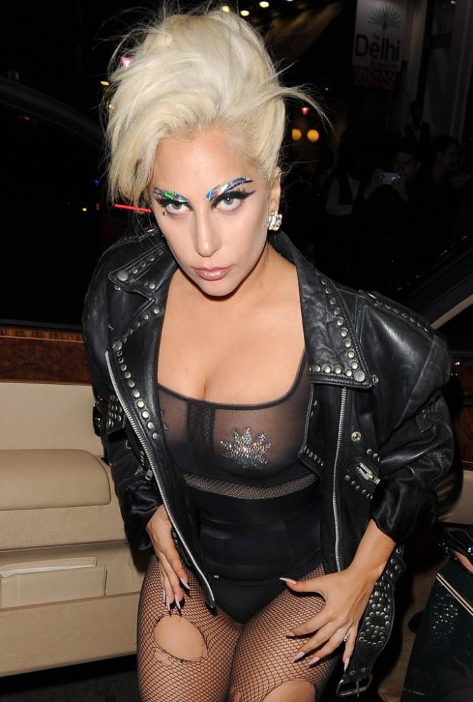 La veille (9 juin), Lady Gaga était plutôt en mode dominatrice !