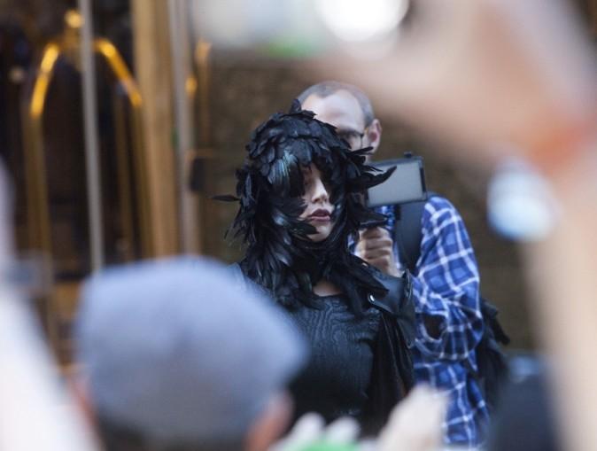 Lady Gaga à la sortie de son hôtel à Helsinki le 28 août 2012