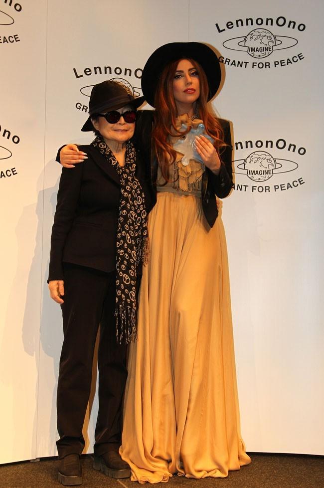 Lady Gaga honorée à Reykjavik, en Islande, le 9 octobre 2012