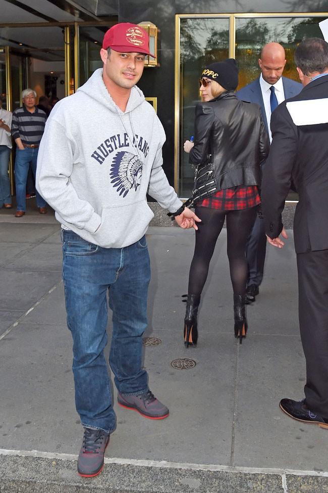 Taylor Kinney et Lady Gaga à New-York le 13 mai 2014