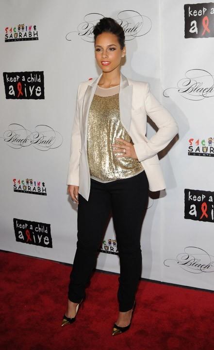 10- Alicia Keys avec 10 millions de dollars !