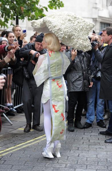 Lady Gaga en promo à Londres, le 31 octobre 2013.