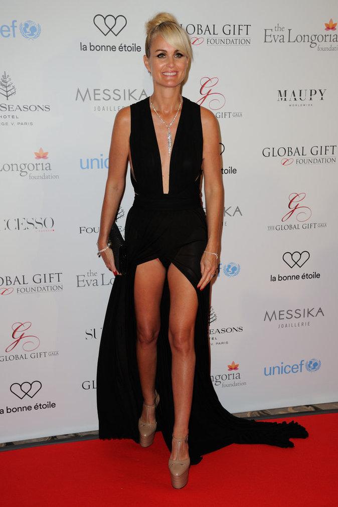 Photos : Laeticia Hallyday : décolleté vertigineux pour Eva Longoria !