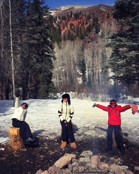 Photos : Laeticia Hallyday : tout schuss à Aspen avec Jade et Joy !