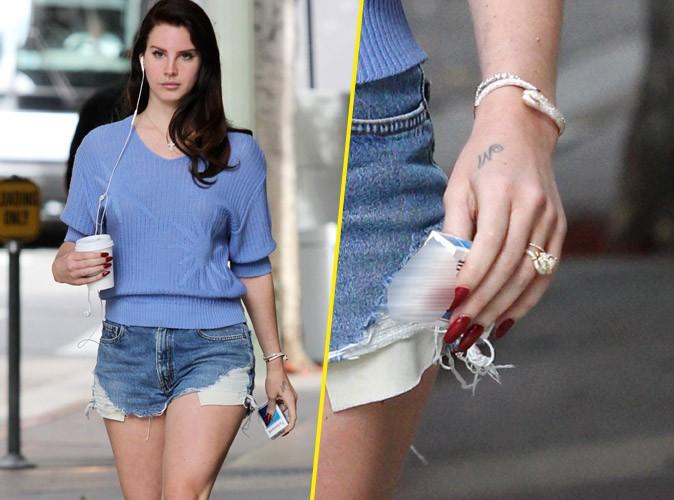Lana Del Rey : grosse bague de fiançailles et petit short en jean pour une flâner à Los Angeles !