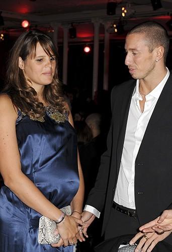 Laure enceinte de sa fille début 2010, aux côtés de Frédérick Bousquet