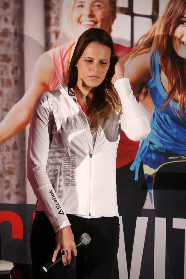 Laure Manaudou à la conférence de presse Reebok avec Alexandra Rosenfeld le 19 mars 2013