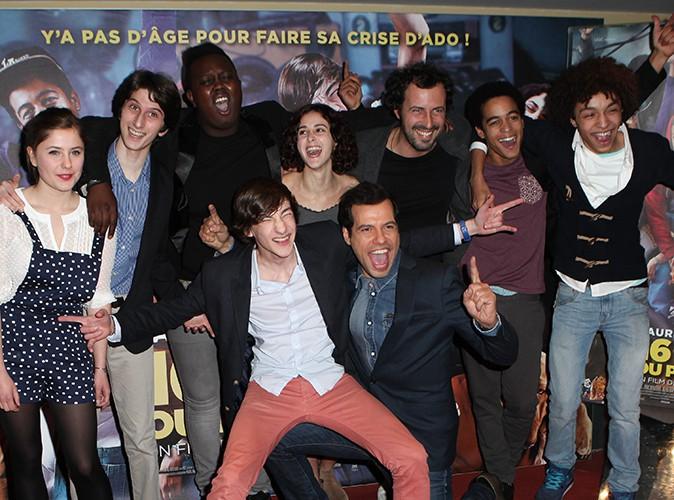 """Laurent Lafitte et l'équipe de """"16 ans ou presque"""" à Paris le 9 décembre 2013"""