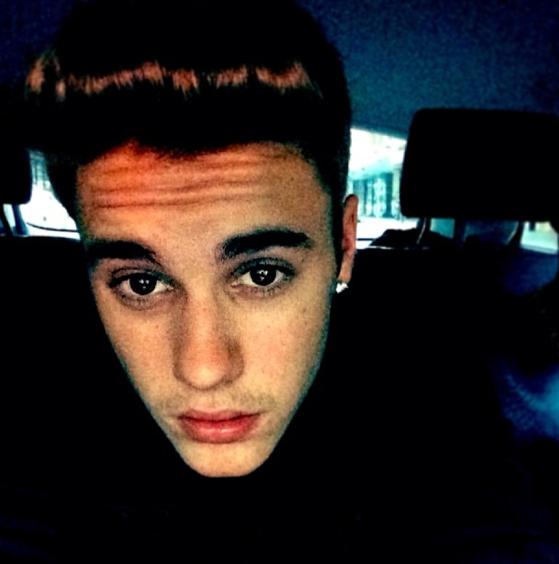 """Le selfie """"voici mon minois"""" à la Bieber !"""