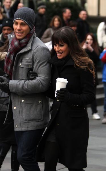 Lea Michele et Dean Geyer le 18 novembre 2012 à New York