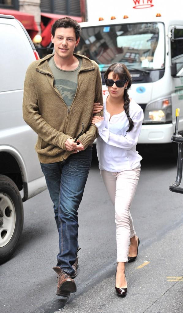 Cory-Monteith-et-Lea-Michele-en-amoureux