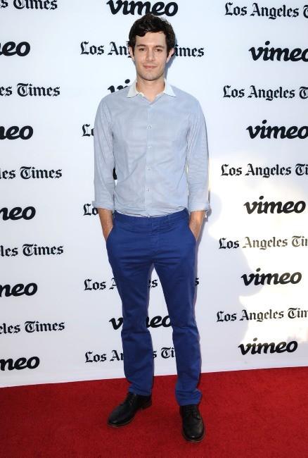 """Adam Brody lors de la première du film """"Some Girl(s)"""" à Los Angeles, le 26 juin 2013."""