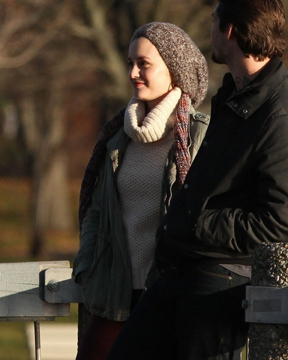 Leighton Meester sur le tournarge de God Only Knows à Providence le 5 décembre 2012