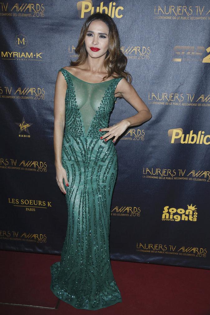 Leila Ben Khalifa, sexy dans sa robe décolletée !