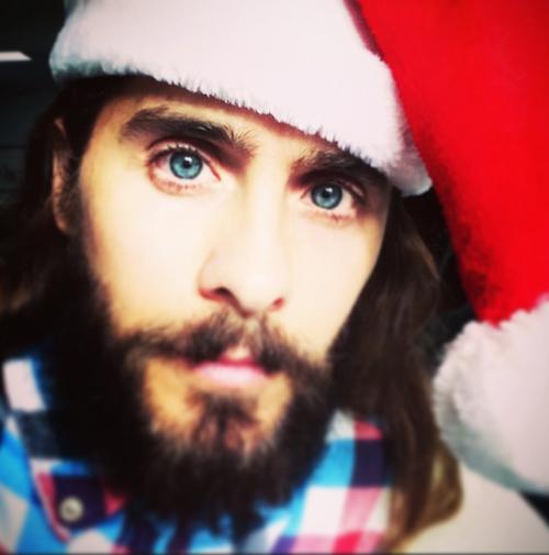 Jared Leto se prend pour le Père Noël!