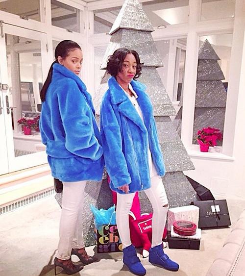 Rihanna et son sapi bling bling