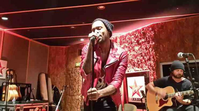 Lenny Kravitz : un showcase au top avec Virgin Radio !