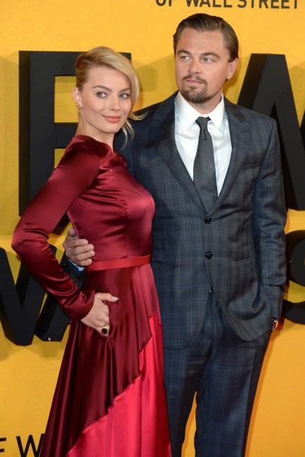 """Leonardo DiCaprio et Margot Robbie lors de la première du film """"Le Loup de Wall Street"""" à Londres, le 9 janvier 2014."""