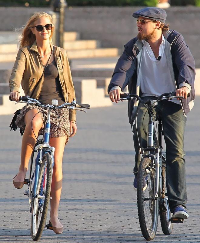 Leonardo DiCaprio et sa nouvelle copine dans les rues de New York